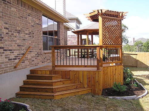 Cedar Arbor with Cedar Privacy Screen