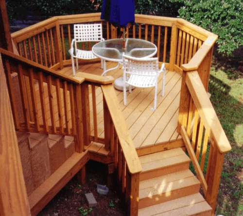 Eye-Catching Octagonal Landing Deck