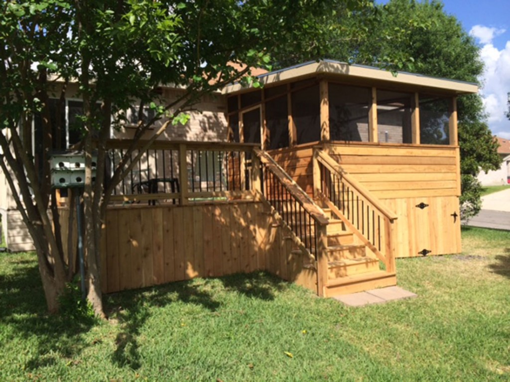Cedar Screened Enclosure with Cedar Deck