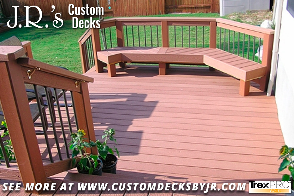 Trex Composite Deck with Built-In Seating
